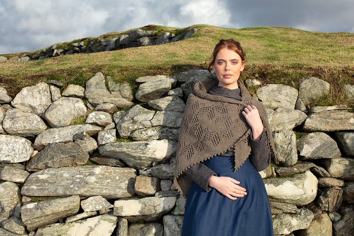 Sulaire Shawl video class design by Alice Starmore in Hiort yarn