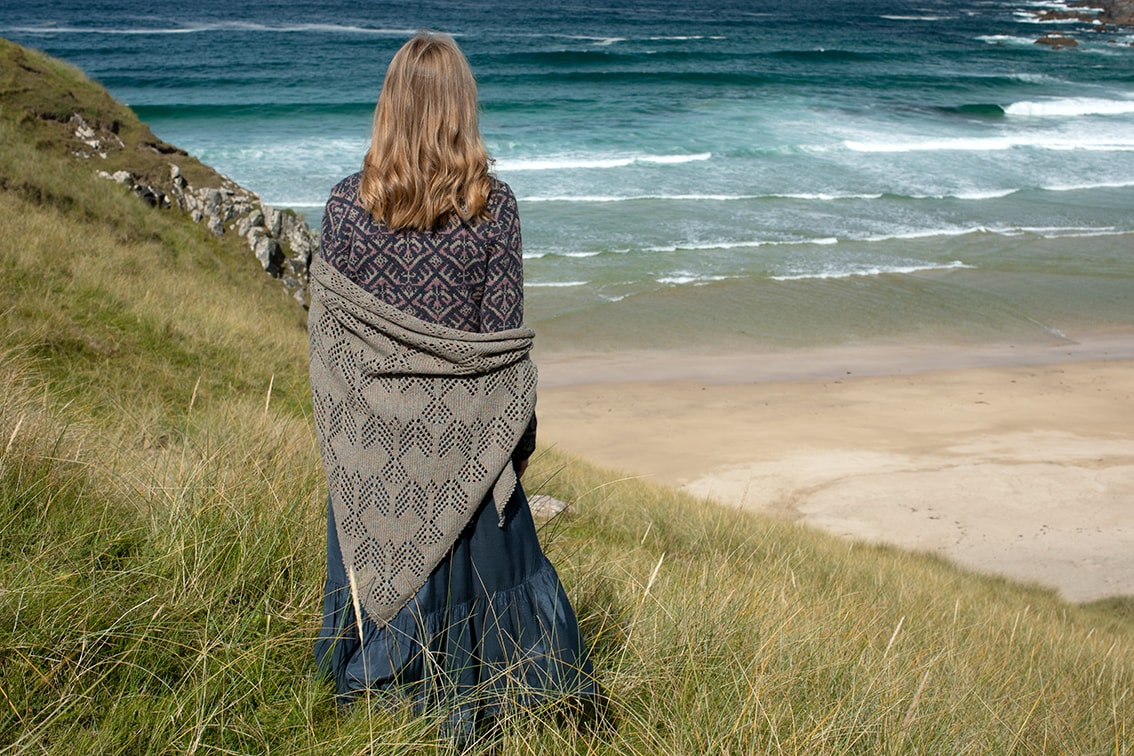 Sulaire Shawl video class design by Alice Starmore in Hiort and Pebble Beach Hebridean 2 Ply